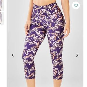 Fabletics High-Waisted Printed PowerHold Crop - XL